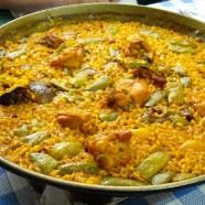 Disfrutando de las naranjas y la paella en Huertos del Túria